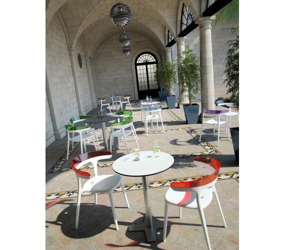 Mobilier de restaurant chaise meuble tabourets for Equipement mobilier restaurant